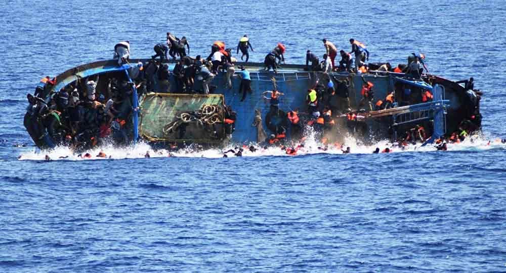 Boat-crashes-life3